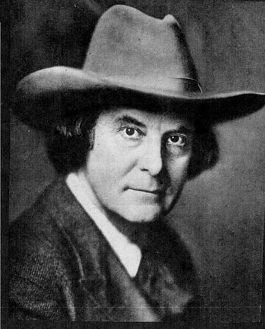 387px-Elbert_Hubbard_-_Project_Gutenberg_eText_12933 (via Wikipedia)
