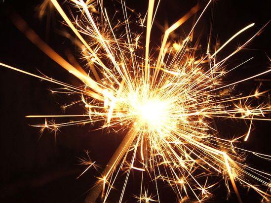 640px-Sparkler (via Wikipedia)